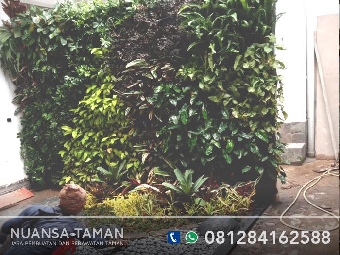 jasa vertical garden bsd